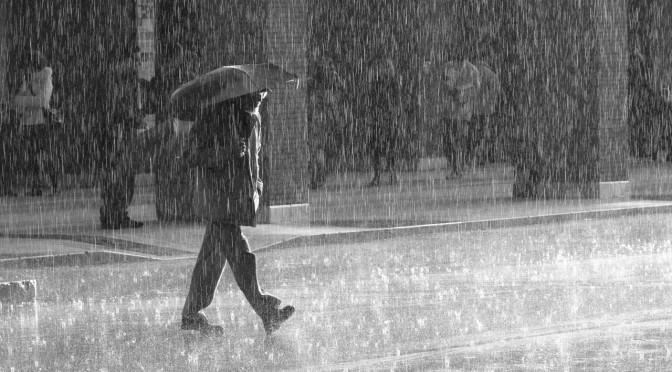 雨降りで思い出した「雨にぬれても」や I Mother Earth