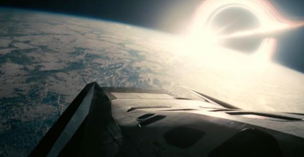 クリストファー・ノーラン監督が壮大なる宇宙空間を舞台に描いた家族の絆:『インターステラー』鑑賞記