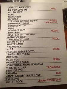 Foo-Fighters-Setlist-David-Lee-Roth-640x853