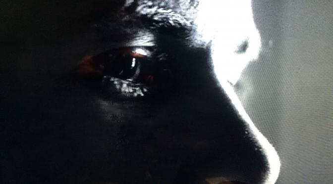 クリストファー・ノーラン監督が描く記憶が失われた世界での苦悩と葛藤:『メメント』鑑賞記