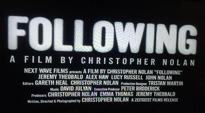 クリストファー・ノーラン監督が描く日常に潜むダークサイドへの誘惑:『フォロウィング』鑑賞記