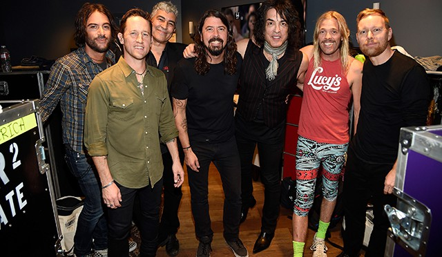 David Lee RothだけじゃないPaul Stanley、Alice CooperらDave Grohl誕生日公演で実現した凄すぎるロックスターの共演