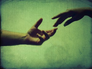 Give_me_your_hand_by_vicktormm1