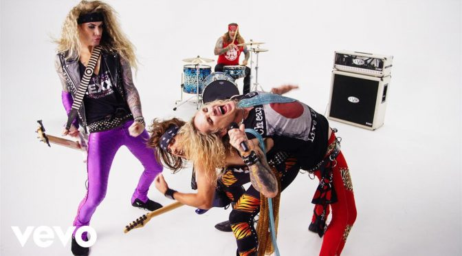 "STEEL PANTHER ニューアルバム Lower The Bar 2017年2月24日リリース決定!先行してCheap Trick ""She's Tight"" のPVが公開"