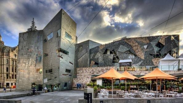 オーストラリア ライフスタイル&ビジネス研究所:アンドリュース(ビクトリア州)首相 、Apple Store 出店計画を支持