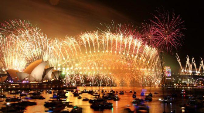 オーストラリア ライフスタイル & ビジネス研究所:シドニー恒例の大晦日花火大会有料化で論議