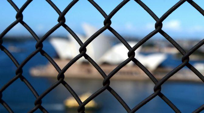 オーストラリア ライフスタイル&ビジネス研究所:DVで前科のある外国人を入国禁止に