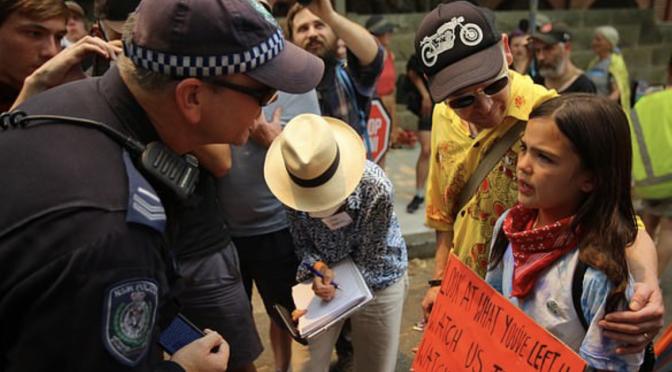 オーストラリア ライフスタイル&ビジネス研究所:シドニーで3万人が森林火災の対策求めるデモ。スコット・モリソン首相の姿勢批判