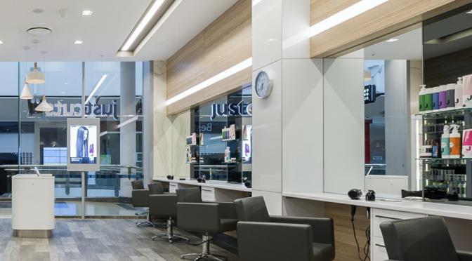 オーストラリア ライフスタイル & ビジネス研究所:連邦政府、美容室の「接客30分ルール」を撤回