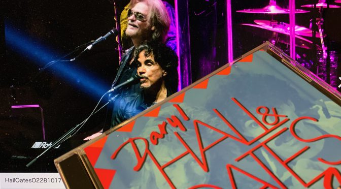 Daryl Hall & John Oates 代表曲 Private Eyesを桑田佳祐さんが熱唱するテイクと歓喜の再会♪