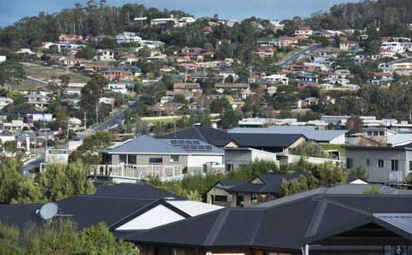 オーストラリア ライフスタイル&ビジネス研究所:シドニー、メルボルンの2020年第2四半期の集合住宅賃料、大幅下落